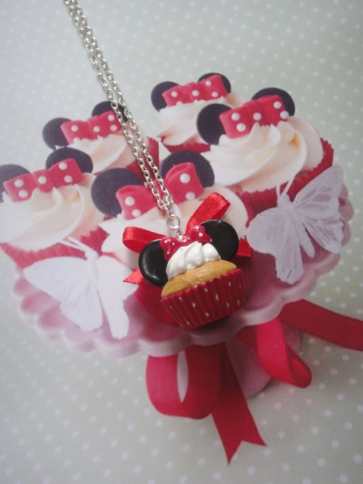 collier cupcake souris rouge en fimo : Collier par maemele