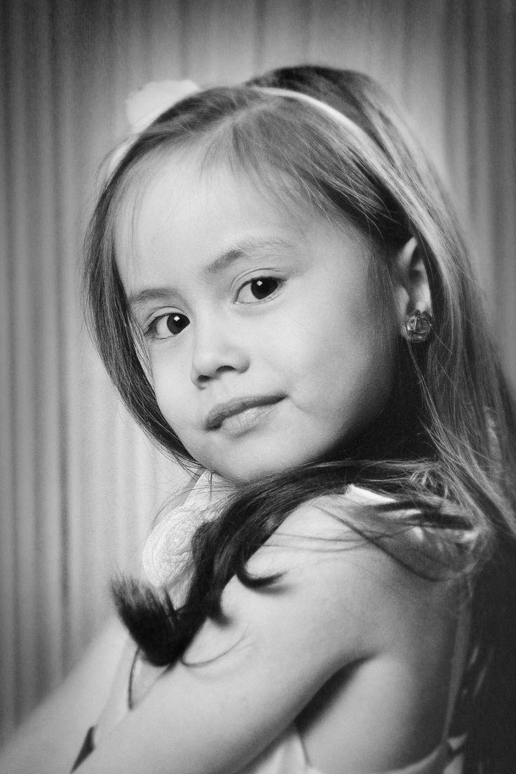 Angelina II - model: Angelina