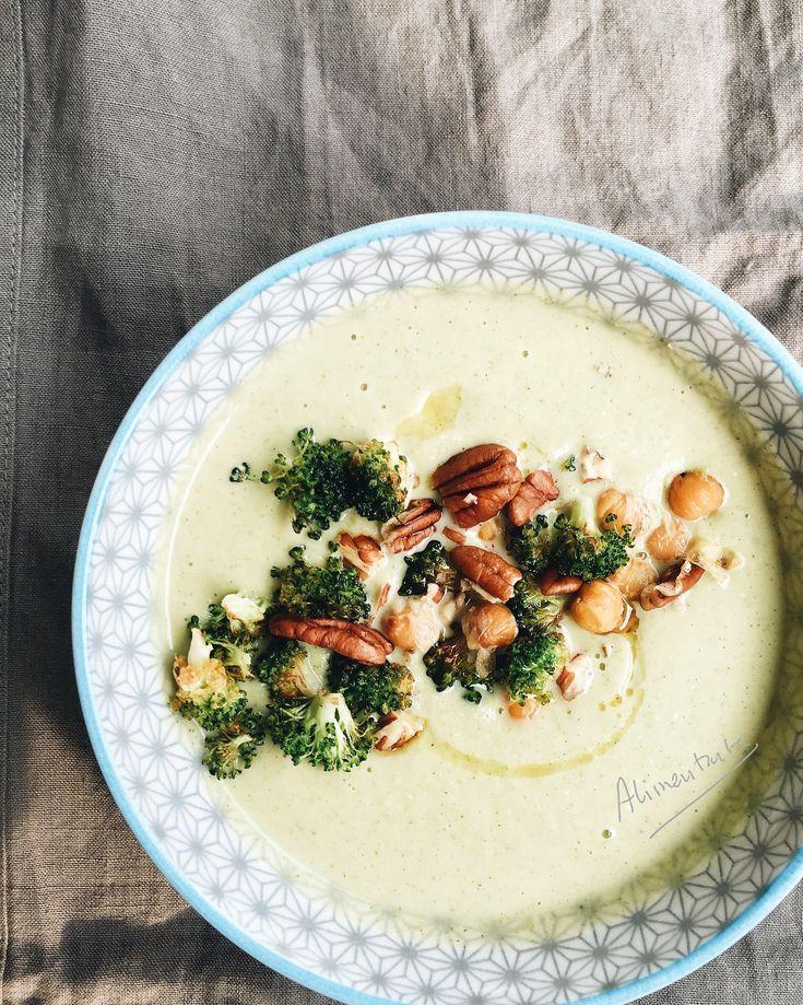 La receta de esta crema de brócoli y garbanzos es bien sencilla, además de deliciosa. Una deliciosa y reconfortante combinación vegetal para el frío del invierno.
