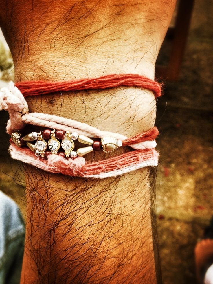 Raksha bandhan , Rakee,rakhi, tradition, Hindu religion, brother, taken by :Picturerex - Facebook- Picturerex