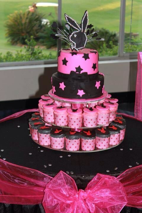 Playboy Theme Cake Kempys Cakes Pinterest Cake 30th
