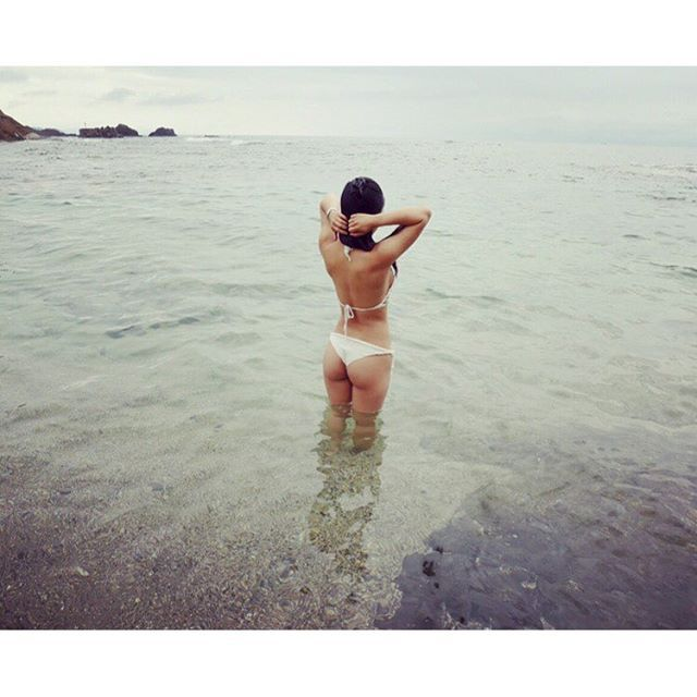 【lizme0925】さんのInstagramをピンしています。 《今年の夏最後の海は日本海🐠🌺 水冷たいけどめっちゃ綺麗💕  今月はトレーニング下半身に比べて上半身につきすぎたから来月はもっと下半身頑張ろう💪💪もっとお尻大きくしたい . . #海 #夏 #最後の海 #日本海 #京都 #温泉 #プチ旅行 #筋トレ #お尻 #ヒップアップ #体型維持 #ブラジリアンビキニ #ビキニ #sea #summer #lastsummer #japansea #kyoto #muscle #training #hip #hipup #sexybody #holiday #bikini #brazilianbikini #instgram》
