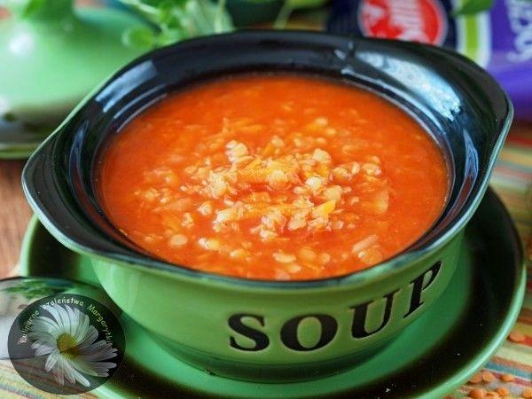 Kulinarne Szaleństwa Margarytki: Szybka i prosta zupa z czerwonej soczewicy z orientalną nutą