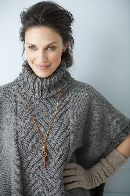 Uptown Poncho pattern by Rosemary Drysdale  <3 #knit #entrelac