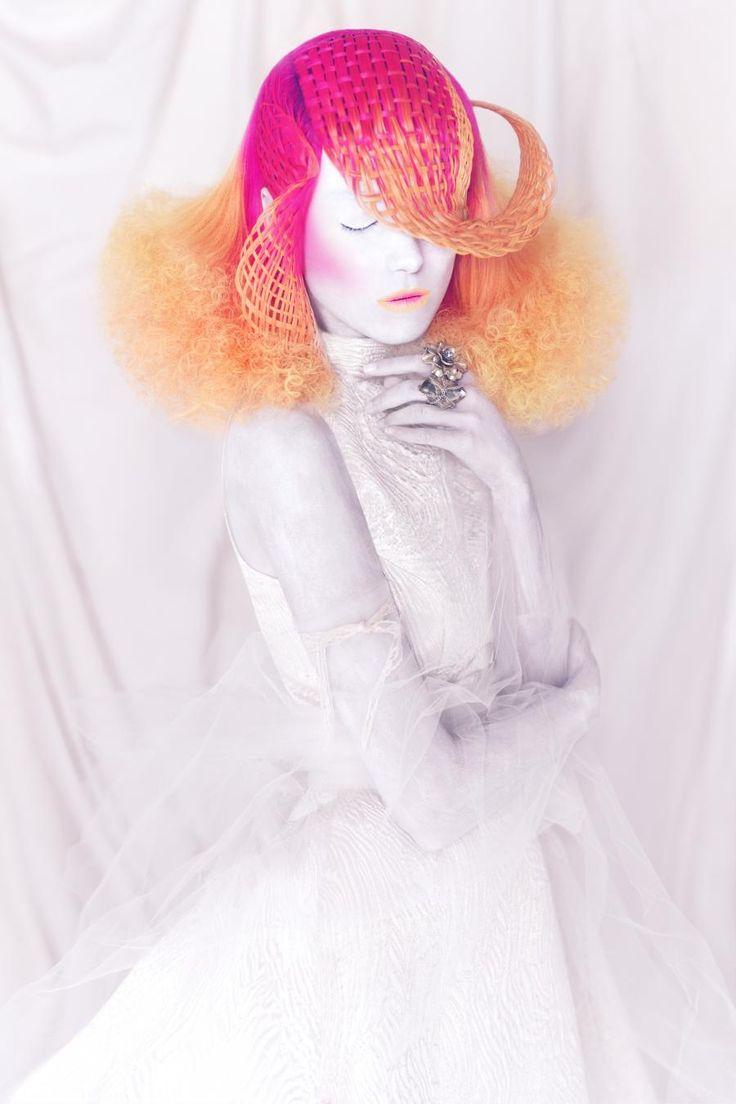 This incredible image is part of stylist's Manuel Mon's breathtaking Crisalida collection. Photog: Bernardo Baragano