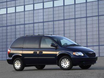 2004 Chrysler Town & Country SWB '2003–04