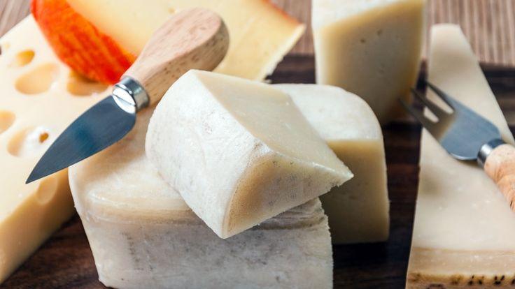 Formaggi misti, ricette con il formaggio, torta salata al formaggio