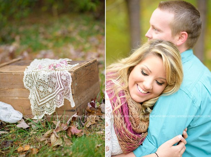 Fall engagement photo ideas in BEDFORD, VIRGINIA ENGAGEMENT PHOTOS | Alina Thomas Wedding Photography