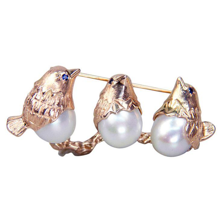 1stdibs | Adorable Gold Hummingbird Trio Pin Brooch