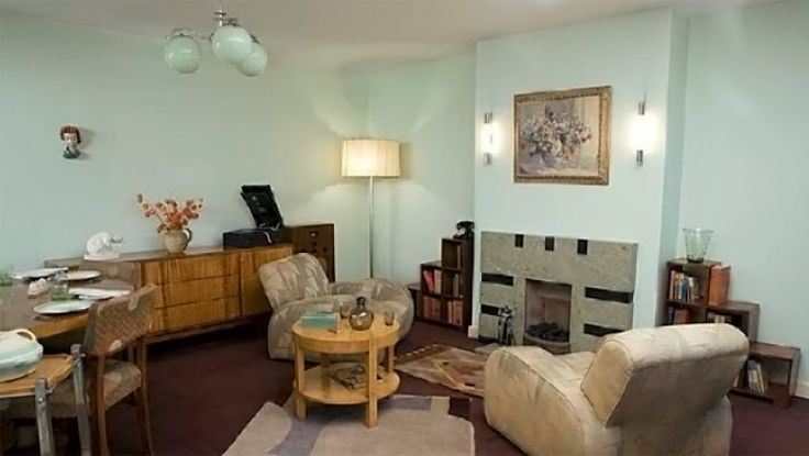 The Living Room Of A Flat In A 1930s London Apartment Block As