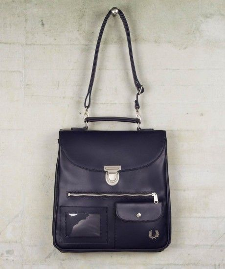 fred perry tall saddle bag so want this tasche pinterest saddles bags and fred perry. Black Bedroom Furniture Sets. Home Design Ideas