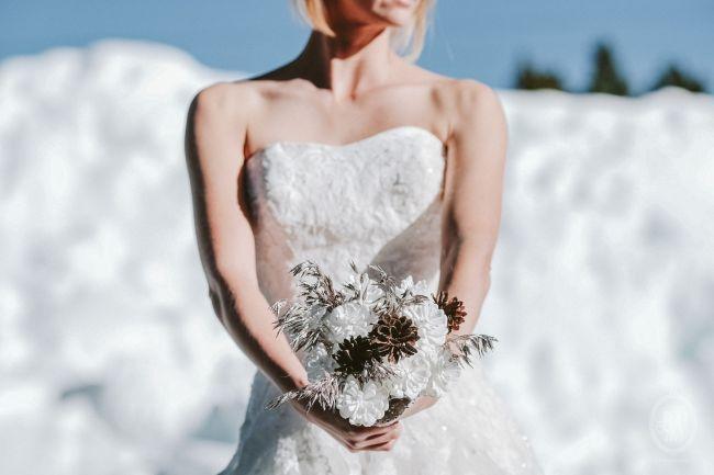 Une inspiration romance en montagne pour un mariage en hiver Image: 14