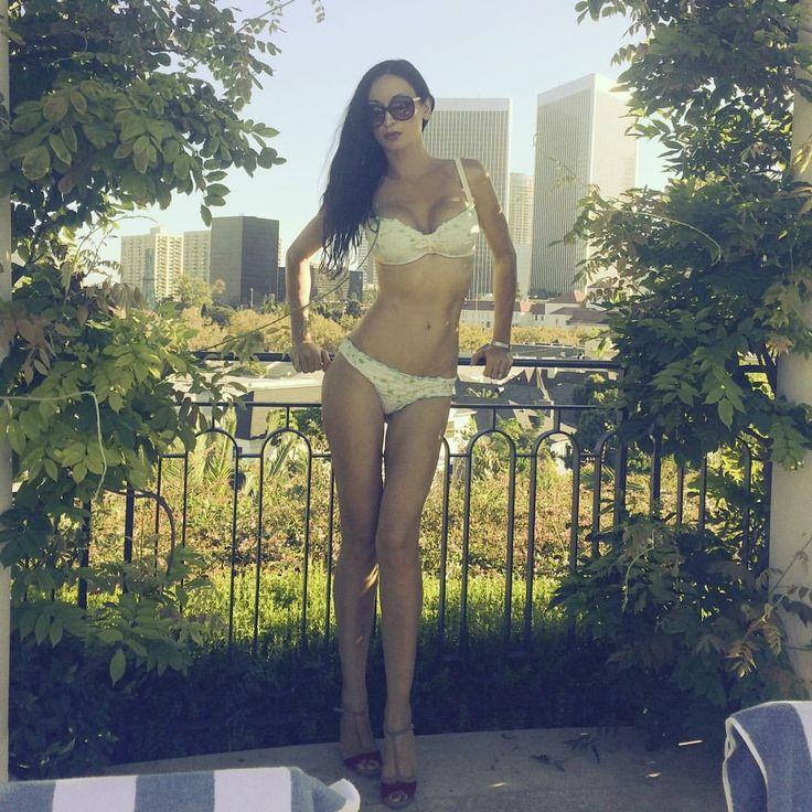 Fashion Look .Patty Farinelli Dress . #fashionblog #topmodelblog #reginasalpagarova #salpagarpvaregina #reginasalpagarovafashionblog