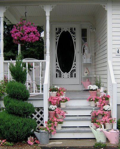 Pretty everything: Pink Flower, The Doors, Shabby Chic, Front Doors, Gardens, House, Screens Doors, Screen Doors, Front Porches