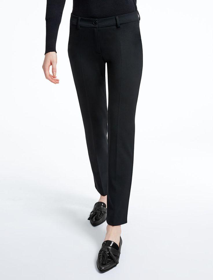 Max Mara OCARINA blu marino: Pantaloni in gabardine stretch.
