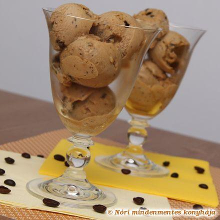 Nóri mindenmentes konyhája: Kávéfagylalt csokidarabokkal, mindenmentesen