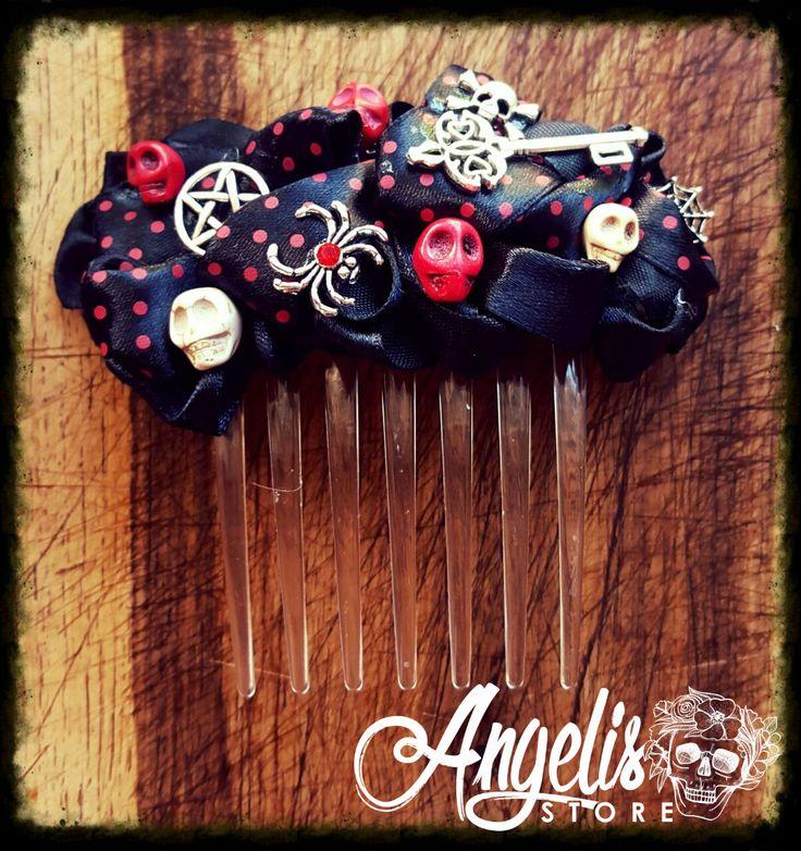 Black Howlite Skull and Charm Hair Combs