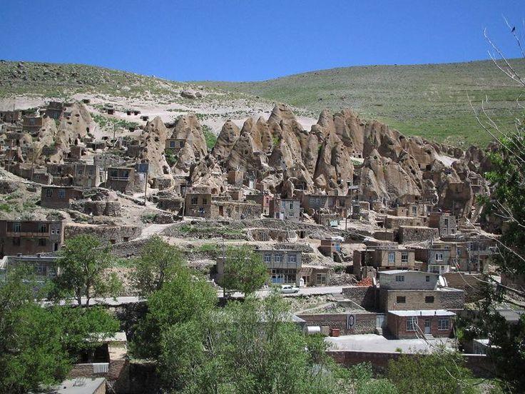 Kandovan: lo Splendido Villaggio scavato nella Roccia Vulcanica in Iran - Creatività, Innovazione e Passione per il Bello