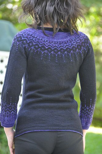 Nice use of what looks like just 1 hand-dyed color, in the fair-isle parts.