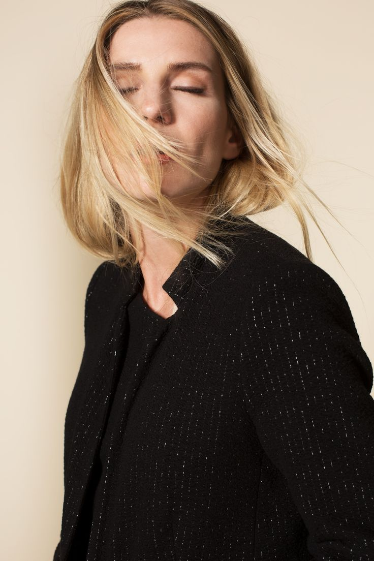 Campaign Fall | Blazer | Chalk Stripe | Matching Outfit | Black | Photography | Pretty Different | Fashion