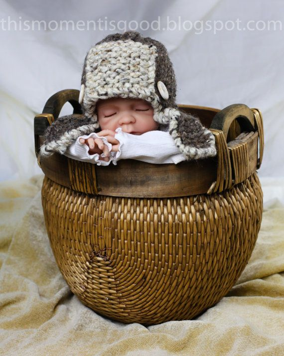 Aviator Hat Loom Knitting Pattern by ThisMomentisGood.  So Cute! This would make a great gift or photo prop!