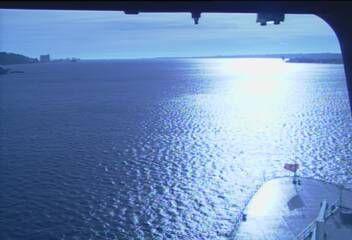 Queen Mary 2 - Bridge (Forward) Webcam / Camera 7.56 pm last one