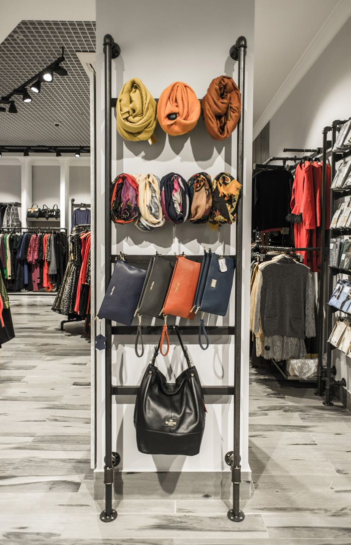 Магазин модной женской одежды Batik / МДМ - Галерея