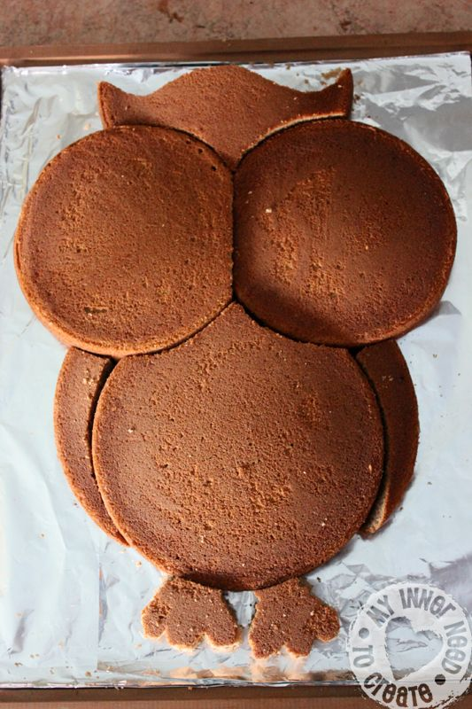 DIY Owl Cake made from Round Cake Pans -