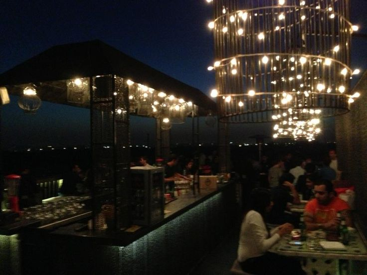 Out Of The Box - A café with a spectacular view #NewDelhi