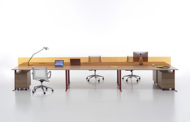 T-Leg desk system design by CMR #focusoncolor #humanoffice