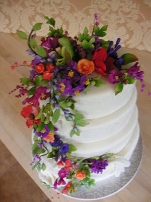 Wildflower wedding cake - This gorgeous cake is adorned with sugar wildflowers