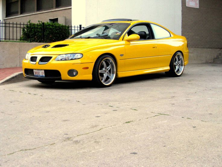 2006 pontiac gto for sale | Custom yellow seat inserts