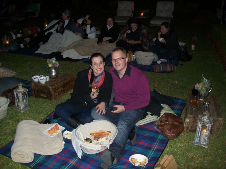 Guests @Morrells Manorhouse watching the Vintage Movie on the picnic blabket #vintagemovienights #morrellsmanorhouse #morrells #northcliff #restaurant #hotel #johannesburg
