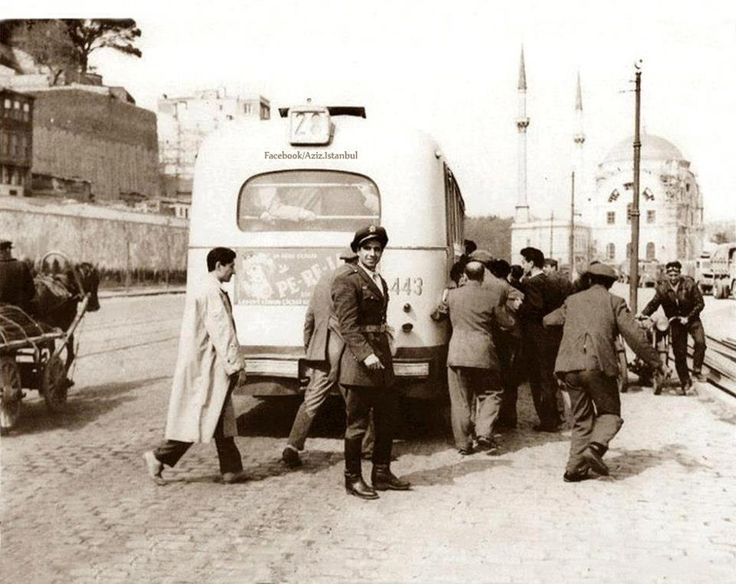 Kabataş, Istanbul , 1940 #istanbul #istanlook