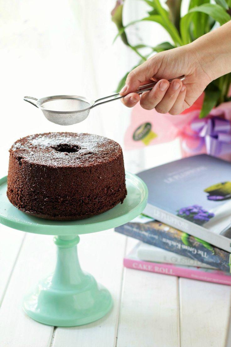 Fluffosa al cioccolato (chiffon cake)