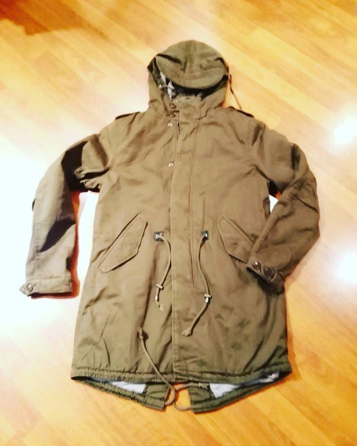 #parka uomo #trapunta interna disponibile dalla m alla xxl colori nero e verde militare euro 35 #valeria #abbigliamento