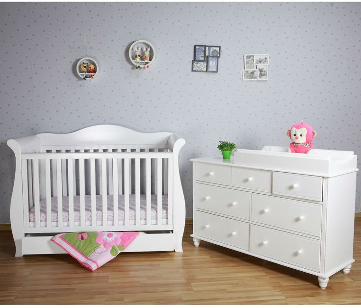 Get hurry!!! 51% discount on baby sleigh cot + chest drawer.