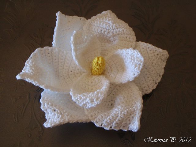Free Crochet Magnolia Flower Pattern : 17 Best images about Crochet Lifeforms on Pinterest ...