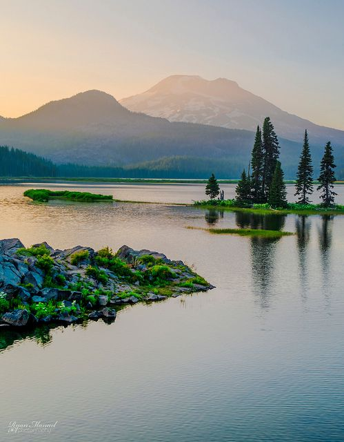 Sparks Lake, Oregon.