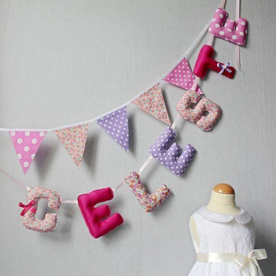 Banderole de lettres, Guirlande Prénom Fille, Bannière Nom, Déco Chambre bébé /