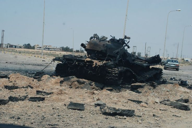 Libyan T-72M1 when totally destroyed during 2011 Libyan Civil War.