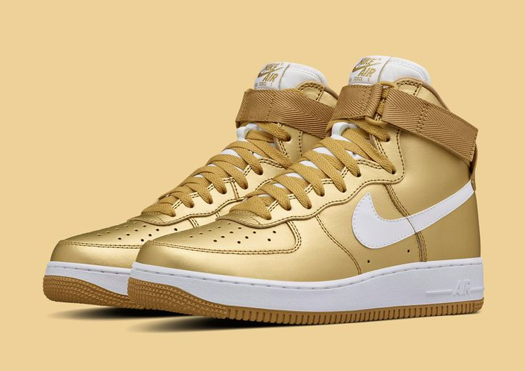 Nike Air Force 1 High — Metallic Gold — zlaté metalické sneakers, vysoké kotníkové boty — pánské, dámské — Nikelab #nike #metallic #gold #airforceone #nikelab #zlate #sneakers #shoe