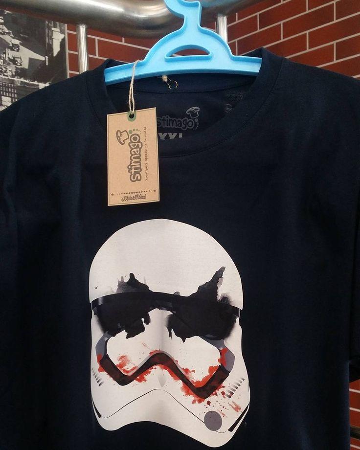 Wzory inspirowane sagą #starwars znajdziesz w #stimagopl :-) #koszulka #tshirt #znadrukiem #gwiezdnewojny #moda #fashion #dlafanow Kliknij w link w bio i zobacz więcej naszych propozycji koszulek dla fanów!