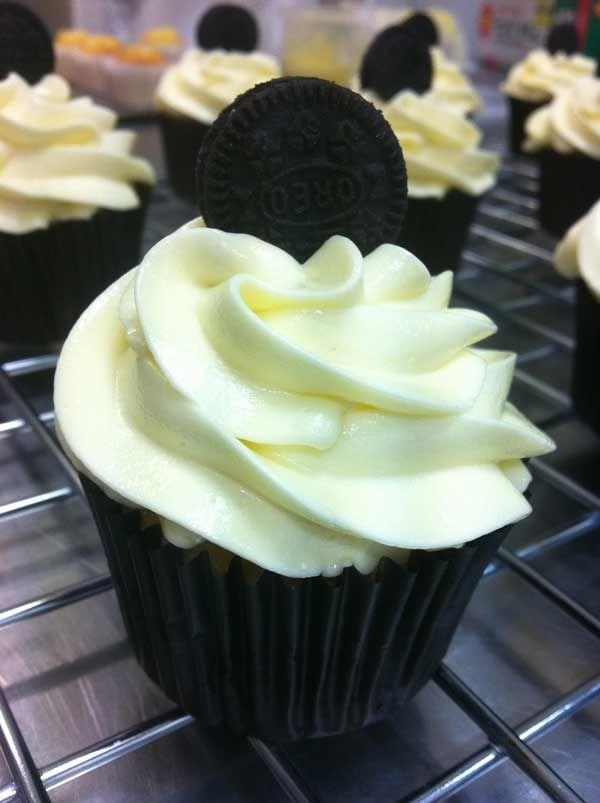 Cookies & Cream #cupcakes #180degreesccupcakes #nobodyputscupcakeinthecorner