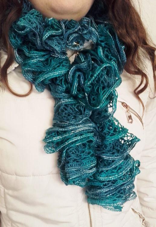 Echarpe frou frou, bleue canard, fine laine sashay. : Echarpe, foulard, cravate par confection-kelly