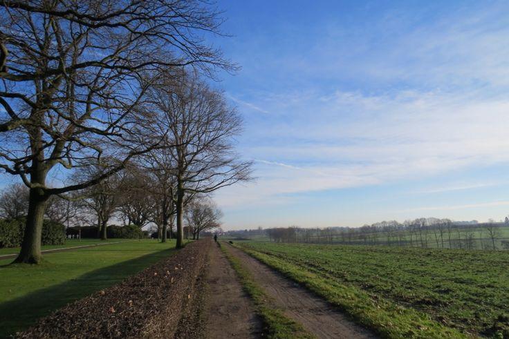 2015-01-01 Wandelpad langs begraafplaats Margraten