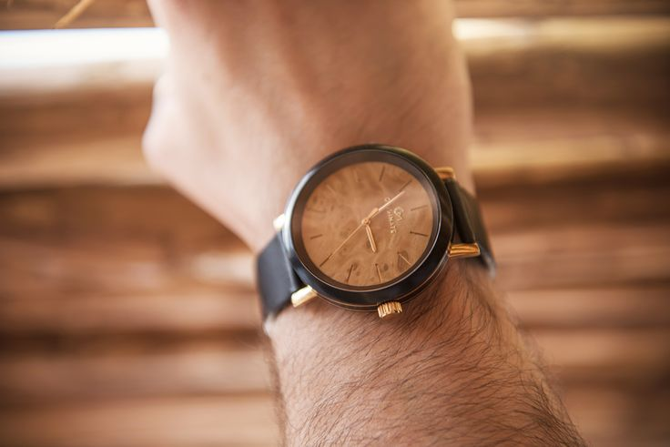 Wooden timepieces for men and women. Make time worth it!
