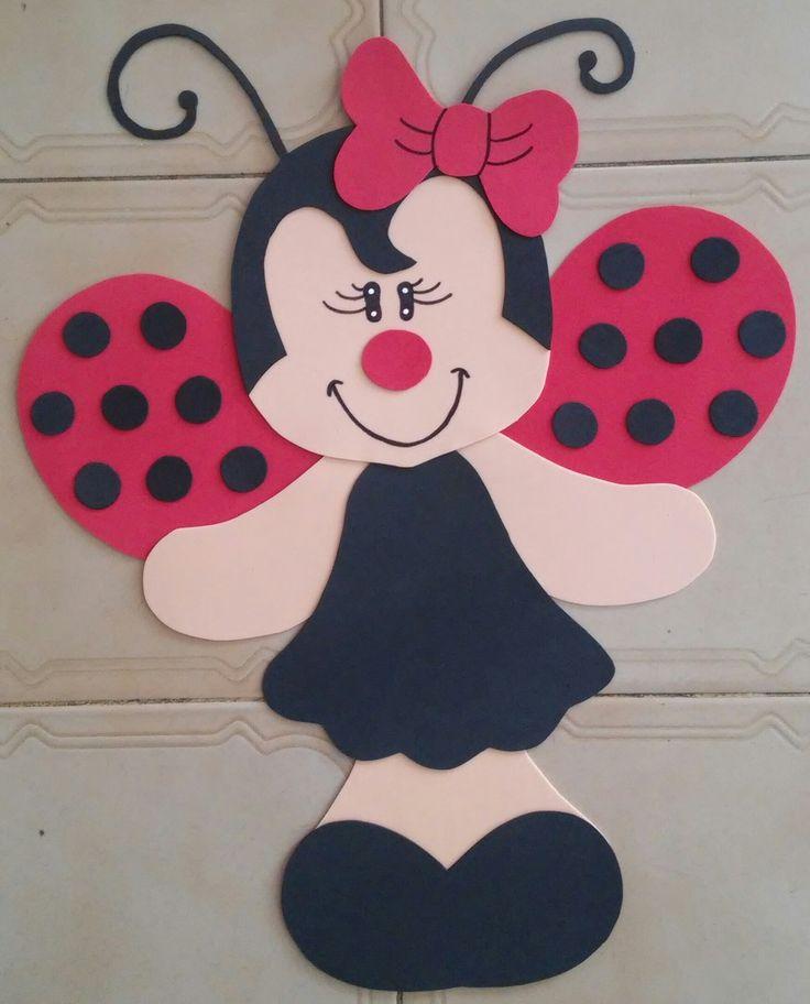 Painel Joaninha em EVA no tamanho 60 x 45 cm. Excelente para decorar quarto, ou para fixação na parede como decoração de festas e salas de aula. Outros tamanhos consultar valor.