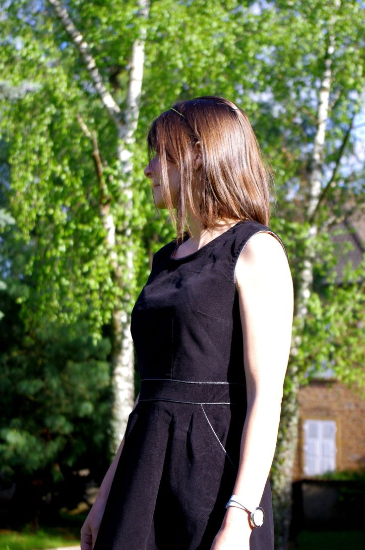 … ma robe d'hiver… … ma robe de Noël… … ma robe de printemps aussi (puisque «printemps est automne» cette année, pfff…) … et …