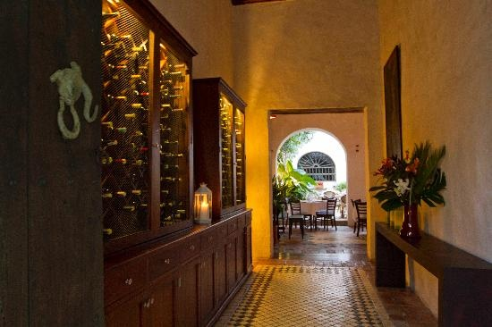 Dinner at FM Restaurante is a must. They have live piano music from 8:30 to 10:30 every evening.